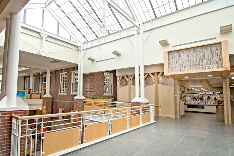 bears-den-dining-hall-university-of-maine